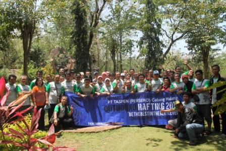 outbound training, outbound untuk karyawan, paket outbound , pt taspen 9