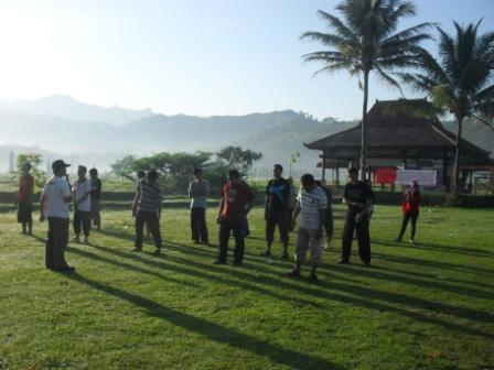 outbound di malang, outbound team building, outbound untuk karyawan, kasembon rafting