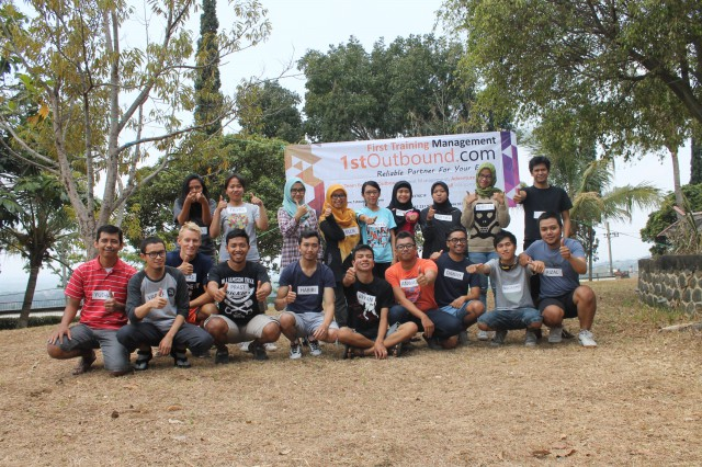 Outbound Malang , Team Buiding , Outbound Training , 24 Slides 1 , 081231938011