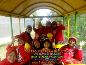 Paket Outbound , Paket Outbound Pasuruan , Paket Outbound Jawatimur , PKK Tropodo Sidoarjo 3 , 081231938011