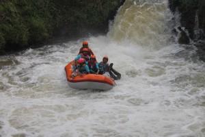 081 231 938 011 , Paket Rafting Murah di Bogor , Paket Rafting Murah Citarik , RSI Masyithoh 12
