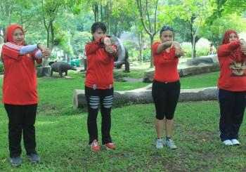 081231938011 , Wisata Outbound di Malang , Tempat Wisata Outbound di Malang , Senam Giant Dinoyo 2