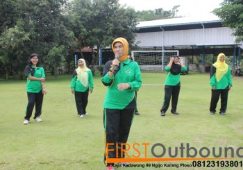 Outbound Leadership Program Batu, Outbound Leadership Program Trawas , Outbound Team Building Bersama Guru SD Jambangan www.1stoutbound.com 1