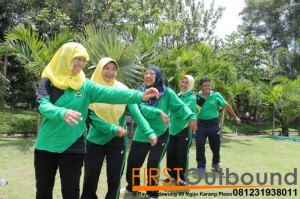 Outbound Leadership Program Batu, Outbound Leadership Program Trawas , Outbound Team Building Bersama Guru SD Jambangan www.1stoutbound.com 6