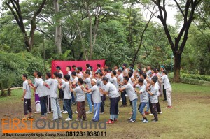 081231938011, Outbound Team Building Pacet, Outbound Team Building Prigen, Outbound Bersama PT Blue Gaz Indonesia (6)