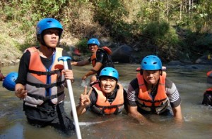 Outbound Gathering, Outbound Rafting di Batu, Outbbound di Malang 7