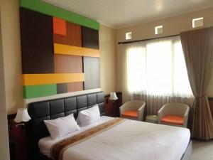 Kamar Type Deluxe Hotel Rolas Kebun Teh Lawang
