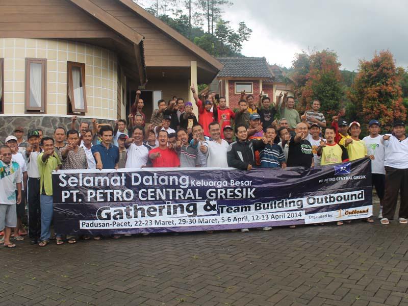 paket outbound, outbound team building, outbound di malang, petro central batch 4, 081 231 938 011