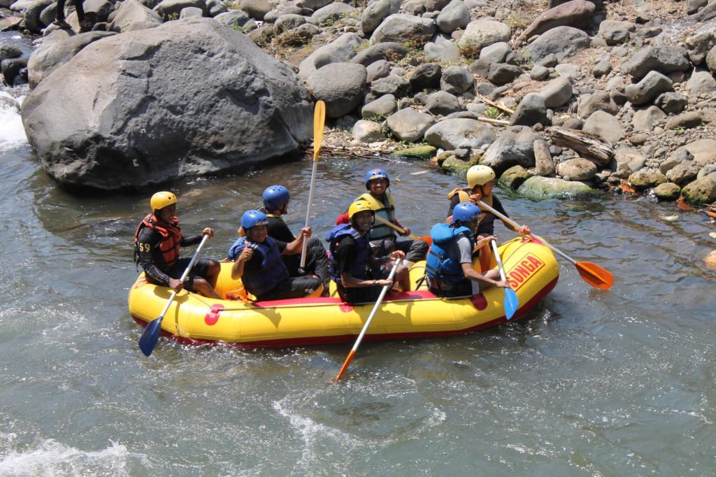 Paket Rafting Paket Songa Rafting Manfaat Arung Jeram