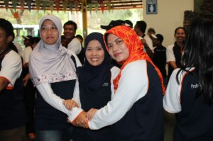 One Day Outbound , Outbound Fun Game , RS PHC Surabaya 6 , 081231938011