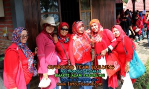 Paket Outbound , Paket Outbound Pasuruan , Paket Outbound Jawatimur , PKK Tropodo Sidoarjo 1 , 081231938011
