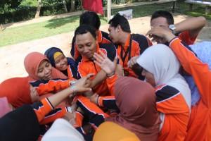 081 231 938 011 Penyelenggara Outbound di Jakarta, Penyelenggara Outbound di Malang , FKIP Universitas Muhamadia Surabaya 4