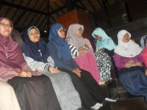 081 231 938 011 , Tempat Study Tour di Bogor , Tempat Study Tour di Bandung , SMP IT Robbani Banjar Baru 7