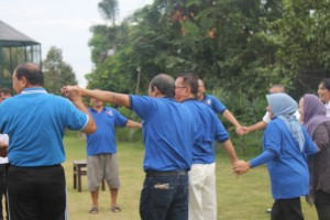 Training Outbound Malang , Training Outbound, Alumni SMP 10 Surabaya 3 , 081231938011