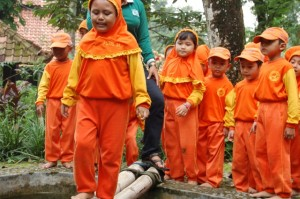 081231938011 , Paket Outbound di Jawa Timur , Outbound Jombang, TK An-Nur Ngelom Sidoarjo 6