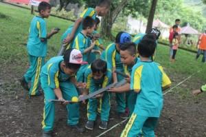 081231938011 , Tempat Outbound di Malang Jawa Timur , Tempat Outbound Trawas,SD Kawis Anyar Gresik (4)