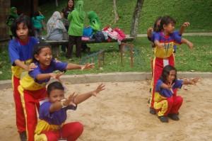 081231938011 , Paket Outbound Blitar , Paket Outbound Lamongan, SD SD Negeri Kedung Turi Sidoarjo (7)