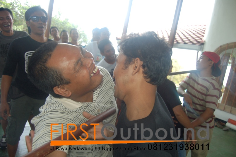 081231938011-family-gathering-outbound-malang-family-gathering-outbound-batu-family-gathering-maestro-7