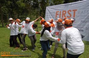 081231938011 , Outbound Karyawan Prigen , Outbound Karyawan Probolinggo , Outbound Karyawan Jawa Timur , OUBOUND FUN GAME BERSAMA Fakultas Tekik Sipi & Perencanaan (2)