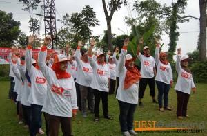 081231938011 , Outbound Karyawan Prigen , Outbound Karyawan Probolinggo , Outbound Karyawan Jawa Timur , OUBOUND FUN GAME BERSAMA Fakultas Tekik Sipi & Perencanaan (3)