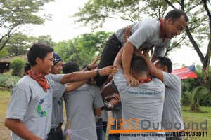 081231938011, Outbound Team Building Pacet, Outbound Team Building Prigen, Outbound Bersama PT Blue Gaz Indonesia (4)