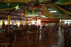 Kafetaria di Bhakti Alam, Restaurant yang bisa juga difungsikan untuk Tempat Meeting, Gathering