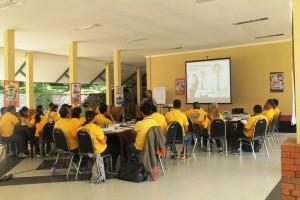Aula Meeting Besar di Kaliandra