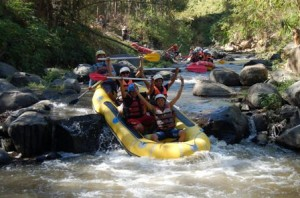 Outbound Gathering, Outbound Rafting di Batu, Outbbound di Malang 11