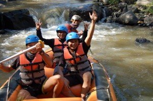 Outbound Gathering, Outbound Rafting di Batu, Outbbound di Malang 9