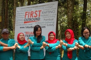 PDGI Blitar, Paket Outbound Malang, Outbound Coban Rondo5